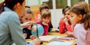 Guru private matematika, guru privat, les privat, guru private matematika favorit, guru private matematika idola siswa